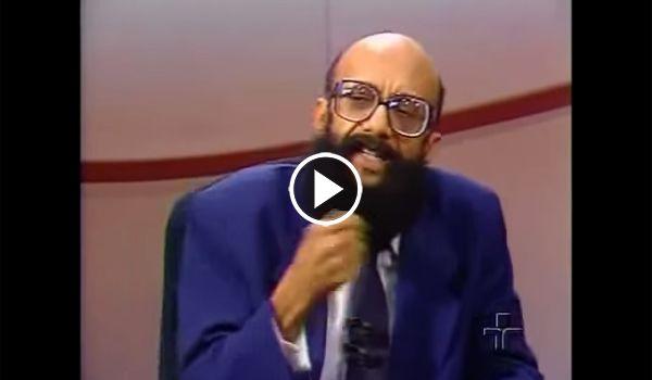 """Política na Rede: Vídeo em que Enéas explica por que considera Lula """"uma farsa"""" viraliza na internet; veja   http://w500.blogspot.com.br/"""