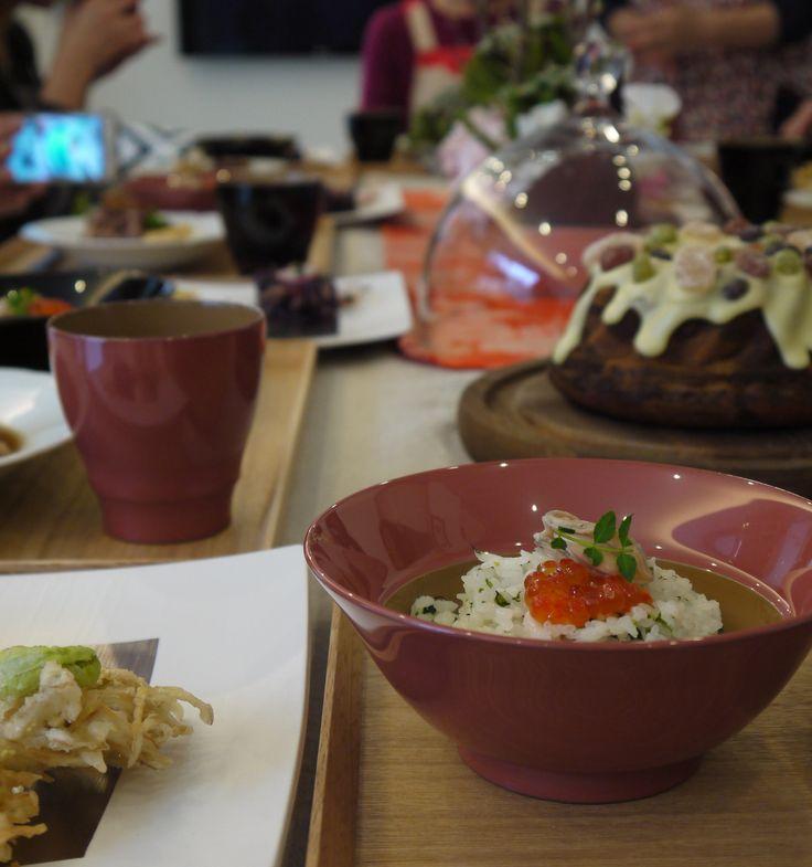 春の炊き込みごはん。 Fudanシリーズ_はなはちLサイズ桃色   http://j-cocomo.jp
