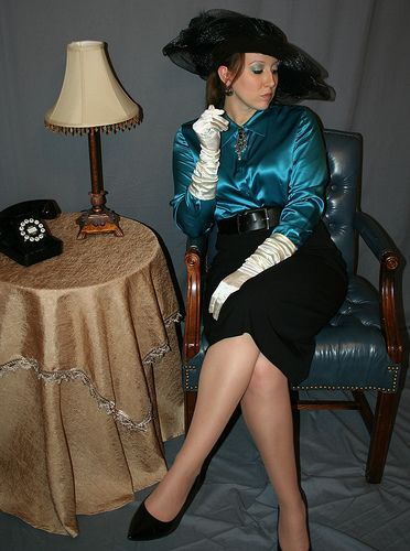 pin van frank knappers op satin gloves satin blouses