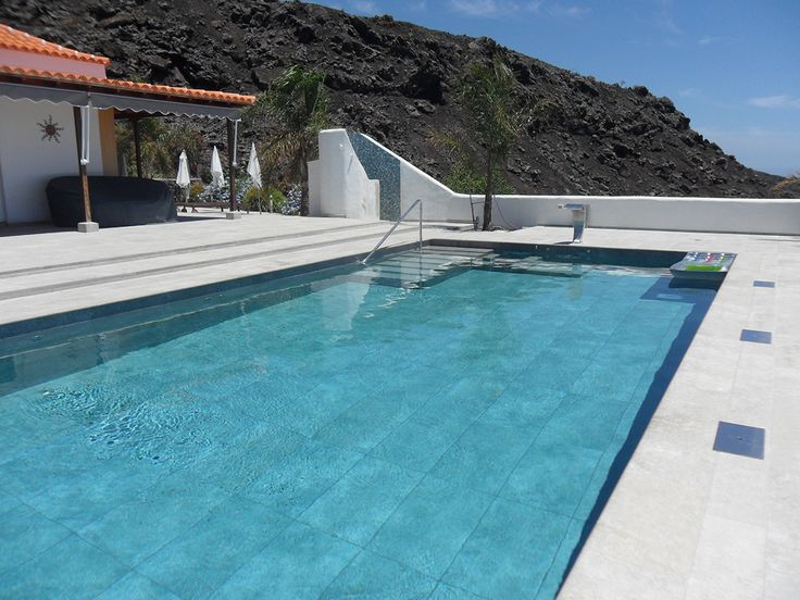 M s de 25 ideas incre bles sobre azulejos de piscina en for Azulejo para piscina
