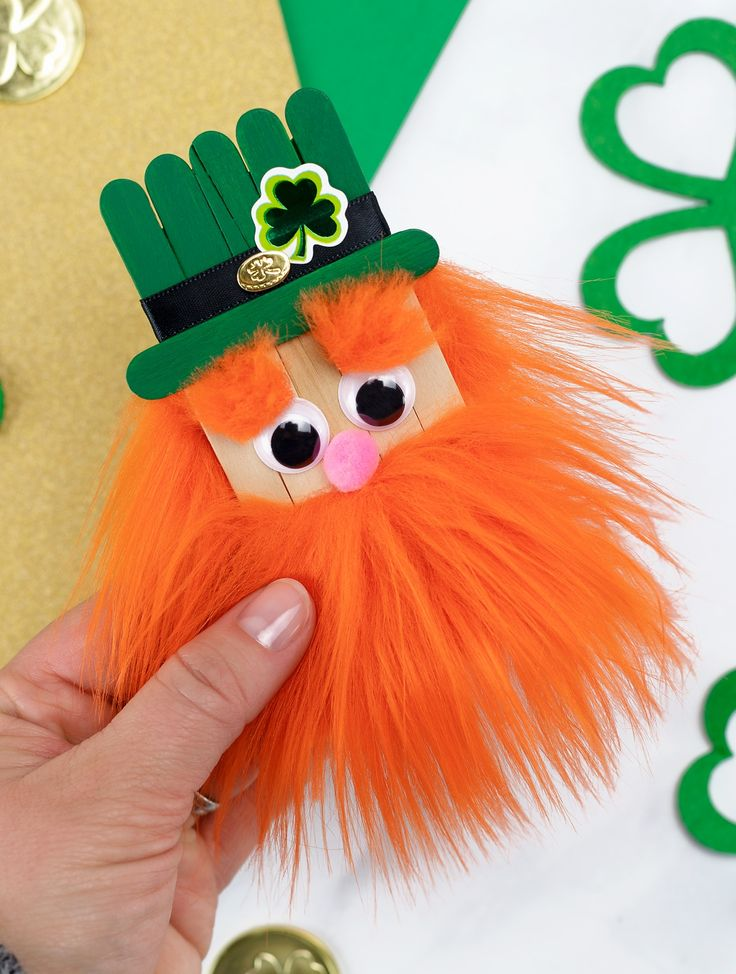 Learn how to make a fun popsicle stick leprechaun craft with our step-by-step di…