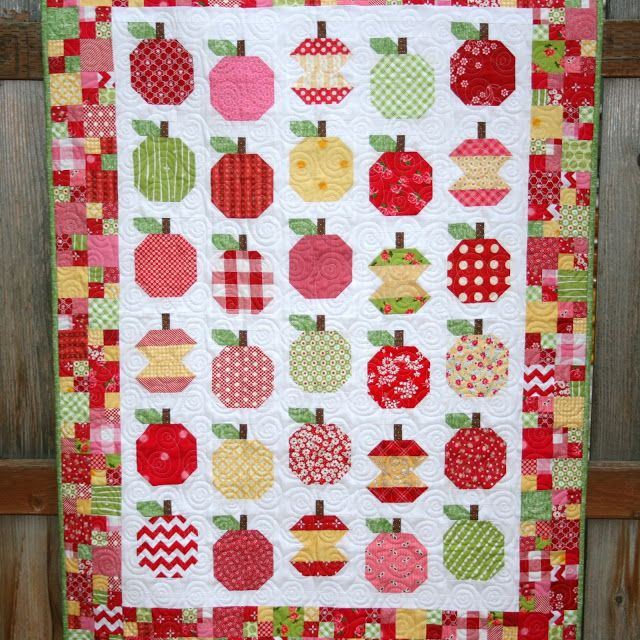 Finished Apple-licious Quilt