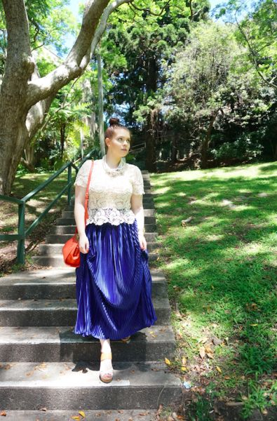 Blush & Bordeaux - Down The Stairs. Wild Lotus top, American Apparel skirt, Dolce Vita wedges, Oroton bag, Baublebar necklace