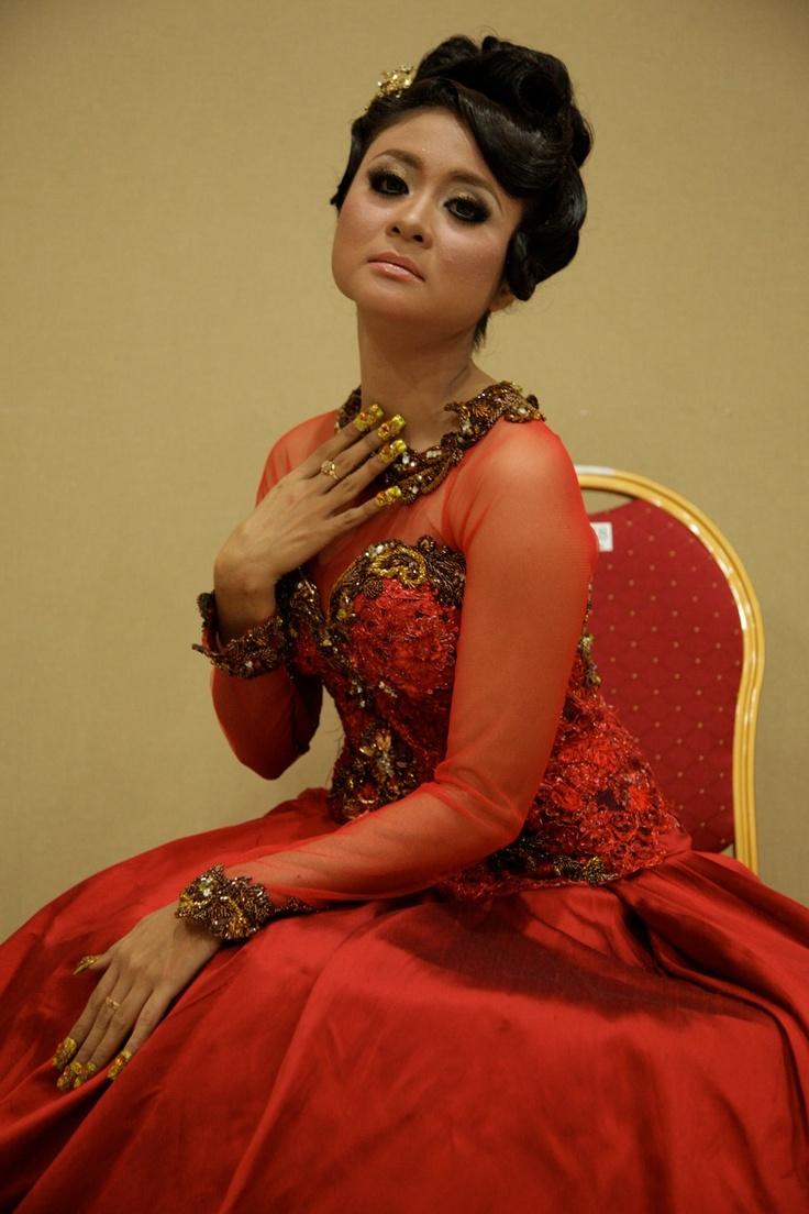 #srutirespati #beauty #indonesia #keroncong #solo #surakarta #artist #singer #indosiar