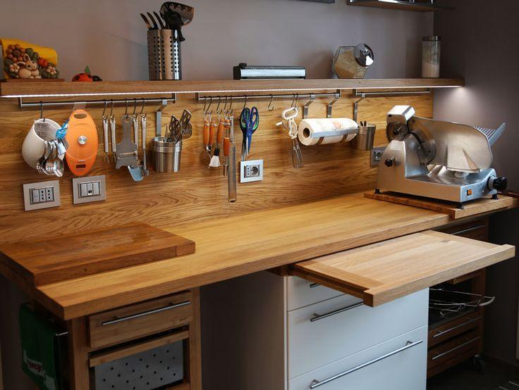 Oltre 25 fantastiche idee su piani di lavoro cucina su - Piano lavoro cucina legno ...