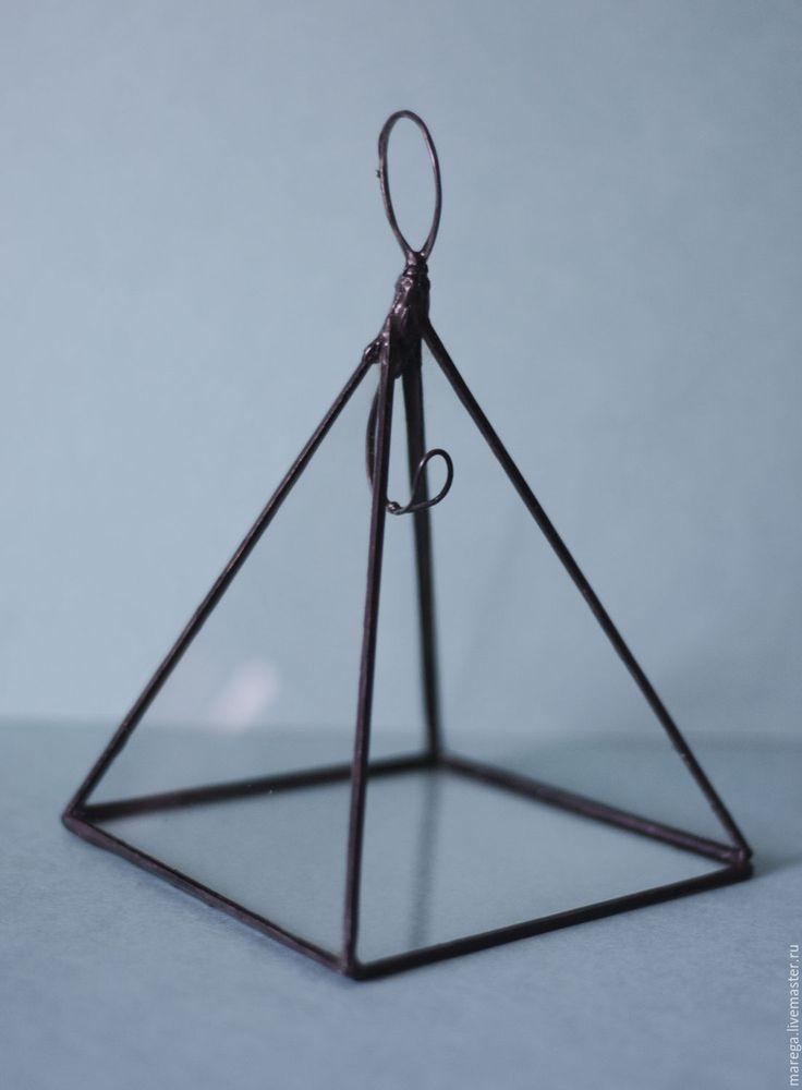 Купить Пирамидка-стойка из стекла для украшений - белый, прозрачный, пирамидка, пирамида, пирамида из стекла