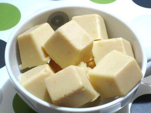 Homemade vegan white chocolate. Recipe from http://www ...