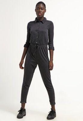 Lass dir diesen lässigen Einteiler nicht entgehen. Lipsy Jumpsuit - black für 45,95 € (07.03.16) versandkostenfrei bei Zalando bestellen.