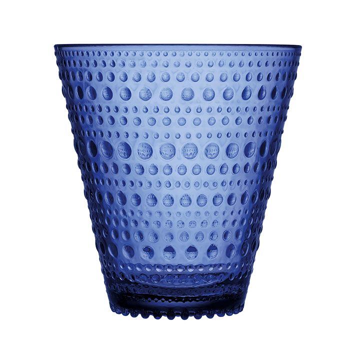 Kastehelmi lasi 30 cl ultramariinin sininen 4 kpl  Oiva Toikan Kastehelmi-sarja on lasikattauksen klassikko.