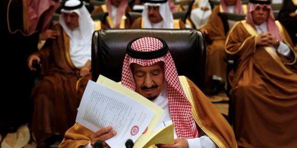 Les Etats-Unis et l'Arabie saoudite ont signé samedi des accords d'une valeur de plus de 380 milliards de dollars, au premier jour de la visite du président Donald Trump à Ryad.