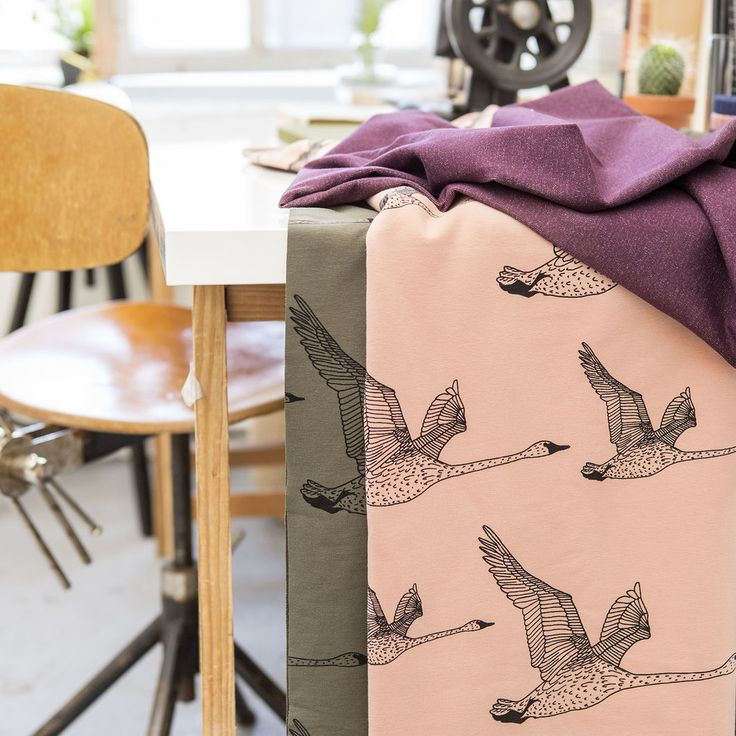 JOUTSEN, Rose - Black | Nosh.fi ENGLISH | Get inspired by new NOSH fabrics for Summer 2017! Discover new colors and prints in quality organic cotton. Shop new fabrics at en.nosh.fi