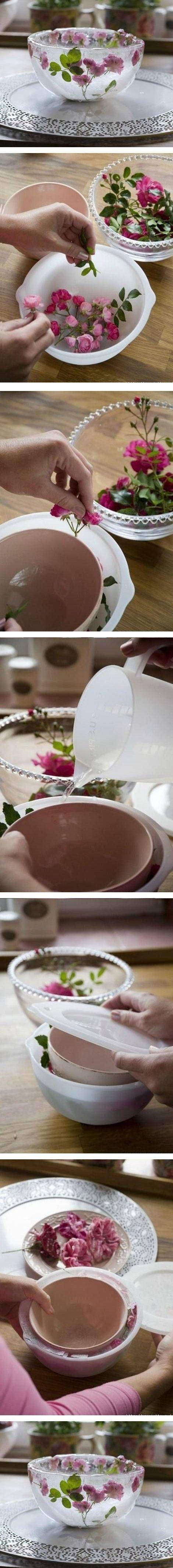 DIY Frozen Flower Bowl / http://www.himisspuff.com/edible-flowers-wedding-ideas/2/