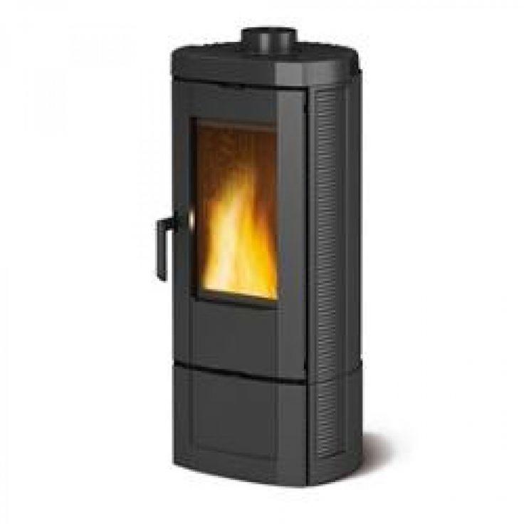 ... Nordica Stufa a Legna Potenza termica nominale 7 kW Nera CANDY 7119300
