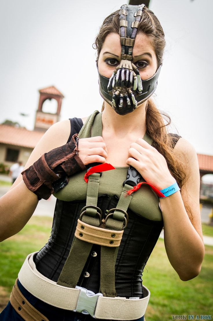 Courtney Elle as Bane | Central Coast Comic Con 2013 #cosplay