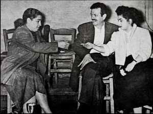 Sotiria Bellou, Tsitsanis kai Zoi Nachi (1956)