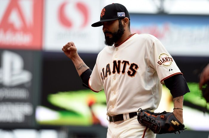 MLB News: San Francisco Giants Finalize Contract With RP Sergio Romo; Infielder Marco Scutaro Has Back Surgery http://www.hngn.com/articles/53819/20141223/mlb-news-san-francisco-giants-finalize-contract-with-rp-sergio-romo-infielder-marco-scutaro-has-back-surgery.htm