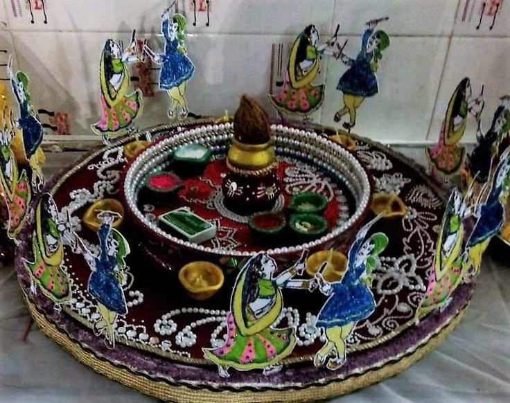 17 best images about diya decor on pinterest table for Aarti thali decoration pictures navratri