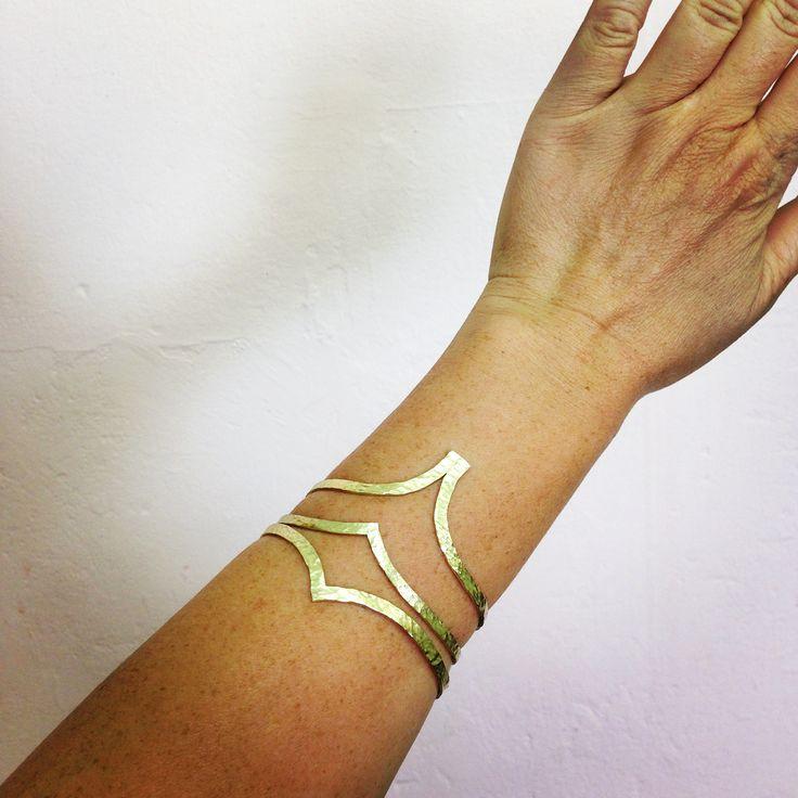 Textured brass bangles /skermunkil