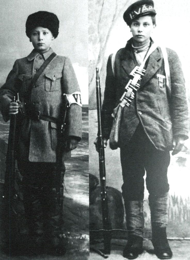 Onni Kokko,14 years old white guard soldier (left) and Arvo Koivisto, 13 years old red guard soldier (right). Kokko wounded in battle of Tampere and died in Vaasa, Koivisto was executed by white guard.