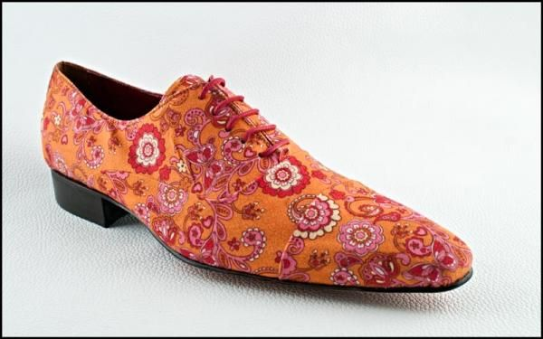 Shoes in fashion and fantasy