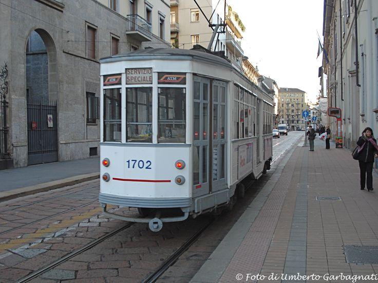 """....vettura  (Peter Witt del 1928) ATM-1702  """"tram bianco""""....12 giu 2007 - © Umberto Garbagnati -"""