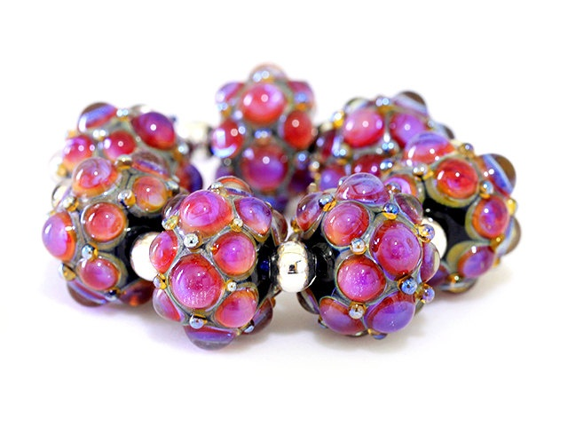 precious treasure handcrafted lampwork glass bead set by clare scott sra pink