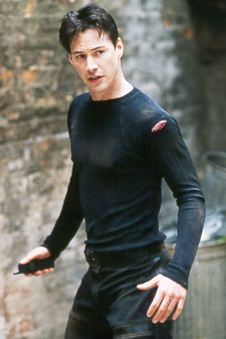 Keanu Reeves knows how to rock the goth look. So hot in this final fight scene!