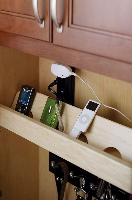 13 besten multi lade dock bilder auf pinterest ladeger t ladestationen und organisationstipps. Black Bedroom Furniture Sets. Home Design Ideas