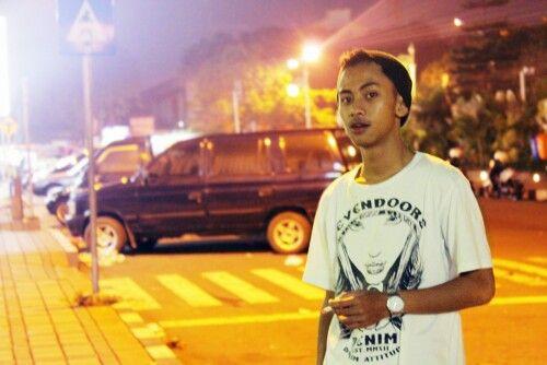 Batu, just enjoy the night
