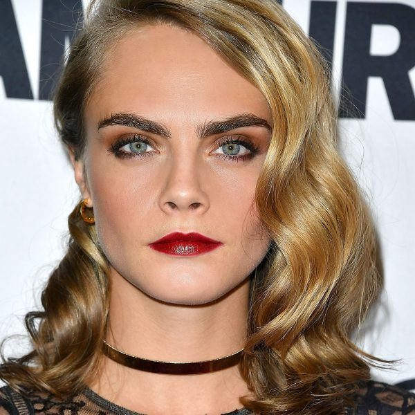 Tousled Waves - Get the perfect soft curls like Cara Delevingne'sby braiding your hair at night before going to bed. Once you wake up, undo the braids and comb out the newly formed waves. If necessary, touch up the ends with an iron and some hairspray.