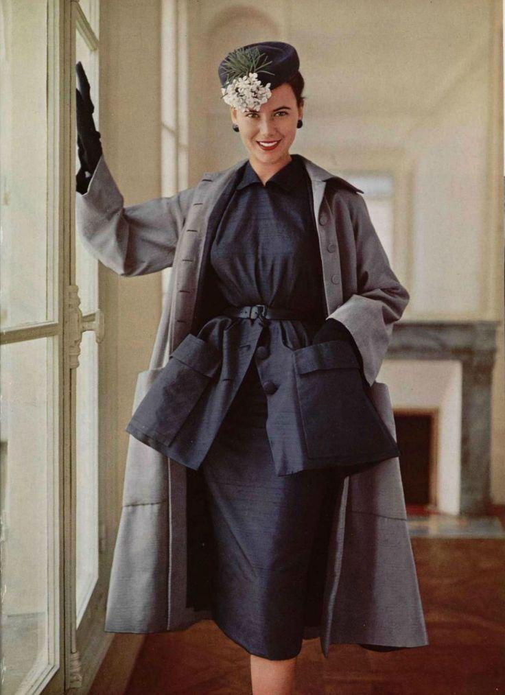 1950: Christian Dior.