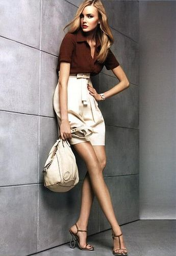 Womens Fashion Clothing: Women's Fashion Photo: Long Legs