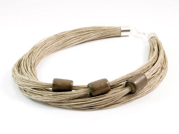 Linen necklace                                                                                                                                                                                 Más