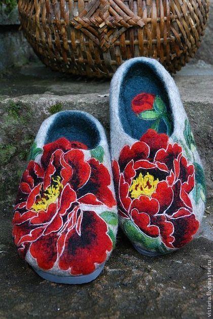 Обувь ручной работы. Ярмарка Мастеров - ручная работа Тапочки 38 «Пионы». Handmade.
