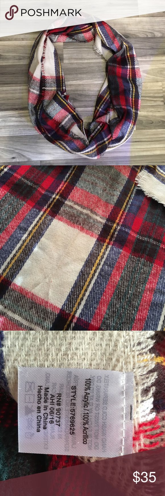 """NWOT! Plaid Blanket Scarf 74"""" long and 22"""" wide, adorable plaid blanket scarf! I changed my mind after purchasing and it has never been worn. Accessories Scarves & Wraps"""