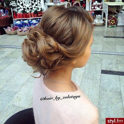 Mega stylowe uczesania na wieczorną imprezę - czuj się piękna za pomocą mega fryzury! - Strona 2