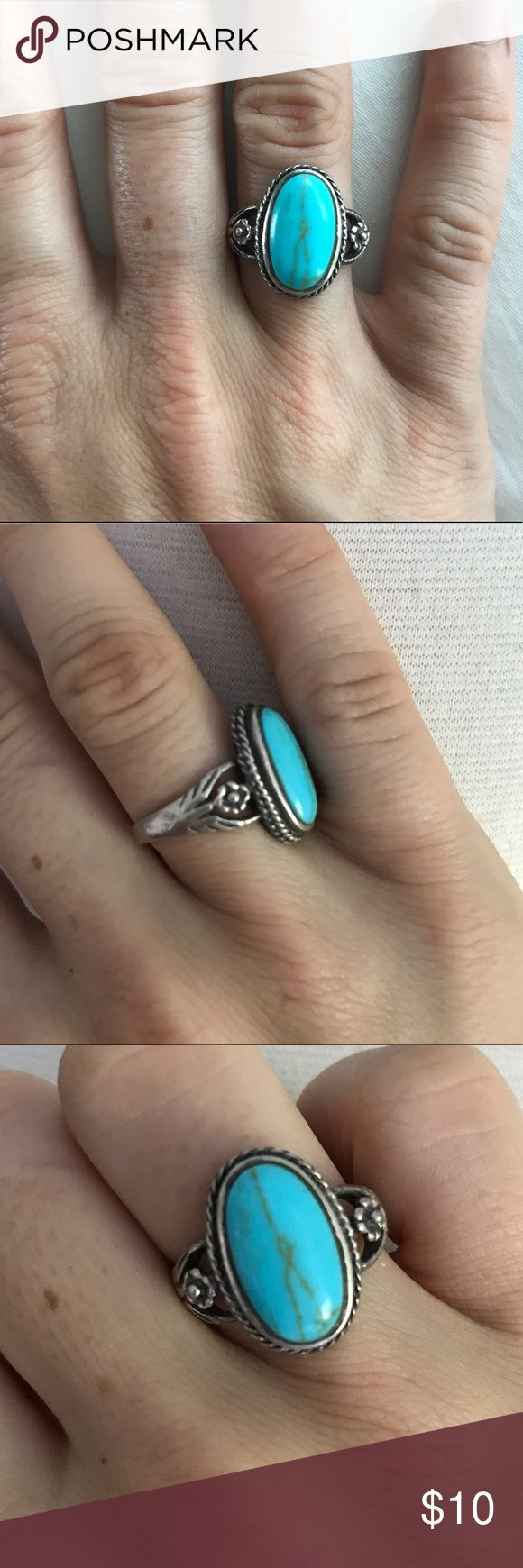 American Eagle Turquoise Ring American Eagle Turquoise Ring  • Purchased from American Eagle in 2013 • Pretty & bright turquoise colored center with silver ring   No trades please. Reasonable offers on items and bundles considered. Bundle discount is 15% off 2 or more items ✨ American Eagle Outfitters Jewelry Rings