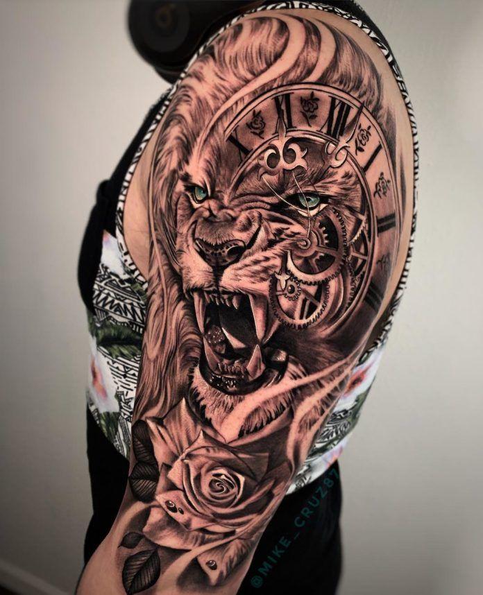 Composition Tête de Lion + Horloge + Rose