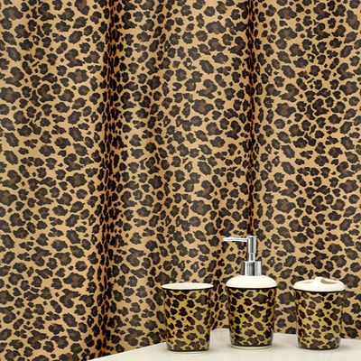 1000 images about leopard bathroom decor on pinterest for Animal print bathroom ideas