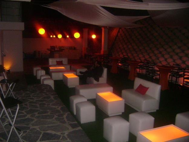 Fotos de lounge decor tijuana renta de salas lounge para for Muebles para bar lounge