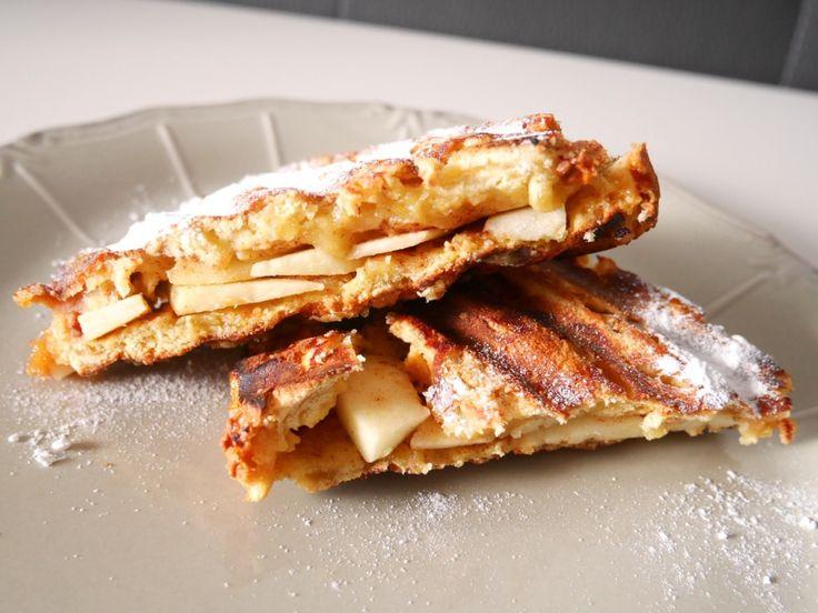 Tosti van suikerbrood met appel en kaneel