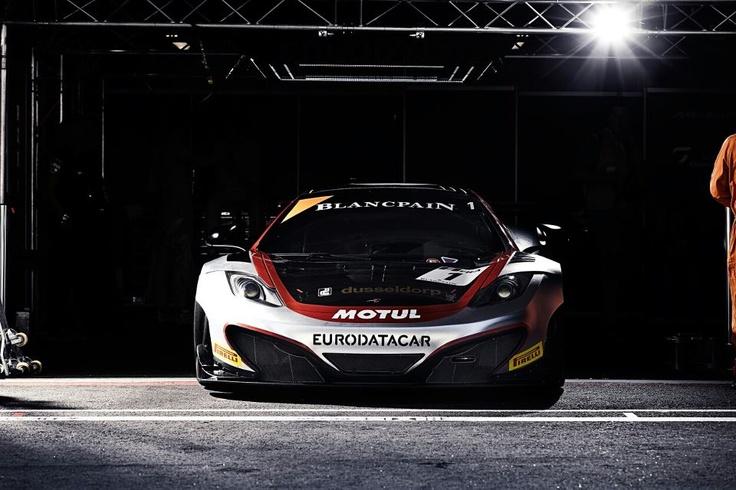Le team HEXIS Racing revient en GT TOUR avec deux Mclaren (Panis-Debard et Cazenave Police)