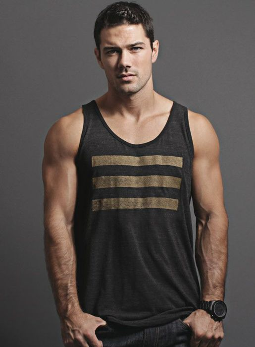 I've been super into tank tops lately.  too bad i need to work out for like 10 years before i'll look good in one.
