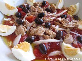 El moje es típico de la Mancha, aunque también se suele preparar en Murcia. La característica principal es que se hace con tomates en conse...