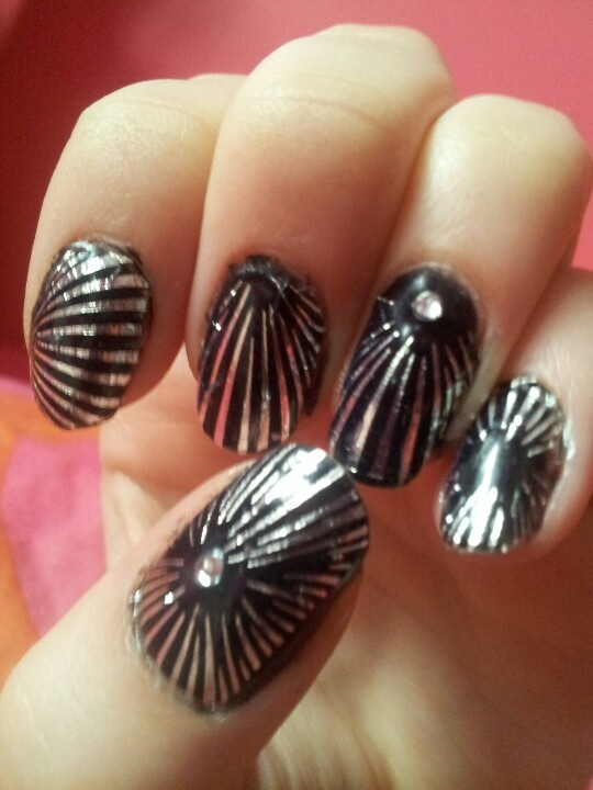 Black and silver firework nails! Done by me