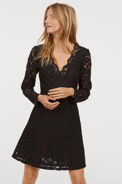 Lace V-neck dress Model   Stylista   Dresses, V neck dress und V neck 321ad36587