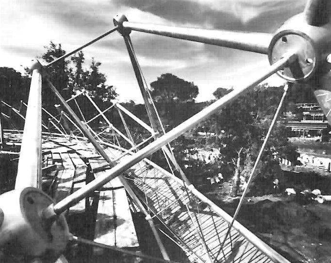 Detalle estructural de la Cúpula Geodésica, Centro Vacacional Adolfo López Mateos y de Convenciones IMSS Oaxtepec, Autopista México-Cuautla km.27, Centro, Oaxtepec, Morelos, Mexico 1964  Arq. Alejandro Prieto Posada -  Structural detail of the Geodesic Dome, Vacation Center IMSS Oaxtepec, Morelos, Mexico 1964