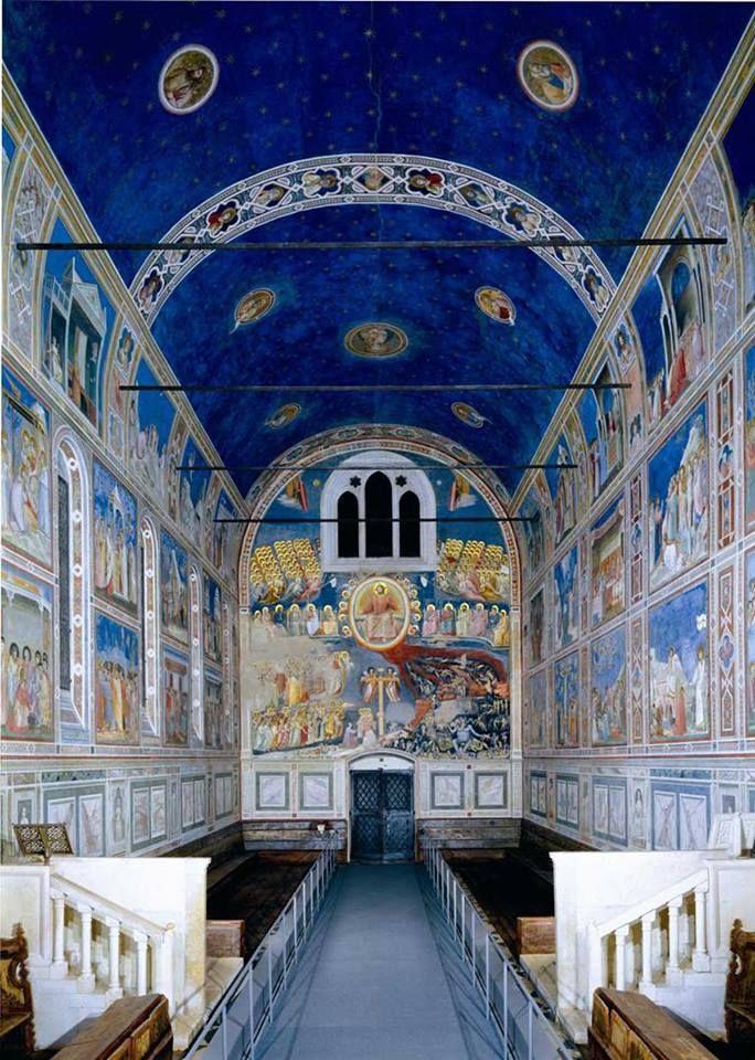 Cari amici, die Scrovegni-Kapelle in Padua (14. Jahrhundert) ist durch ihre kunstvollen Freskengemälde berühmt geworden. An der Decke ist ein blauer Sternenhimmel abgebildet.   #likeitaly #iloveitaly #entdeckeitalien #enit #padova #venetien   © Regione del Veneto