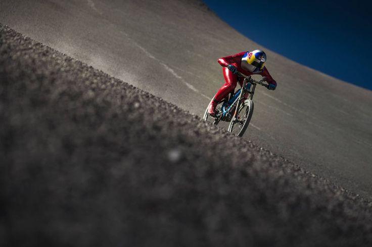 Markus Stoeckl establece un nuevo récord mundial de velocidad sobre una Mountainbike: 167 km/h