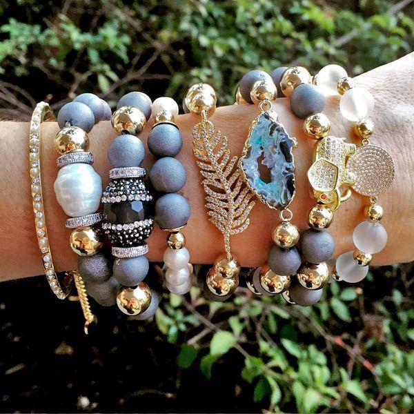 Set By Vila Veloni Sweet Asian Gold Elephant Bracelets